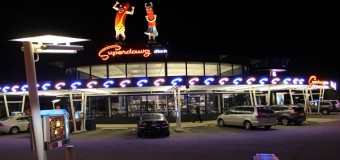 Superdawg Drive-In Restaurant Deals