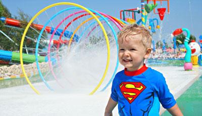 kid-waterpark-400